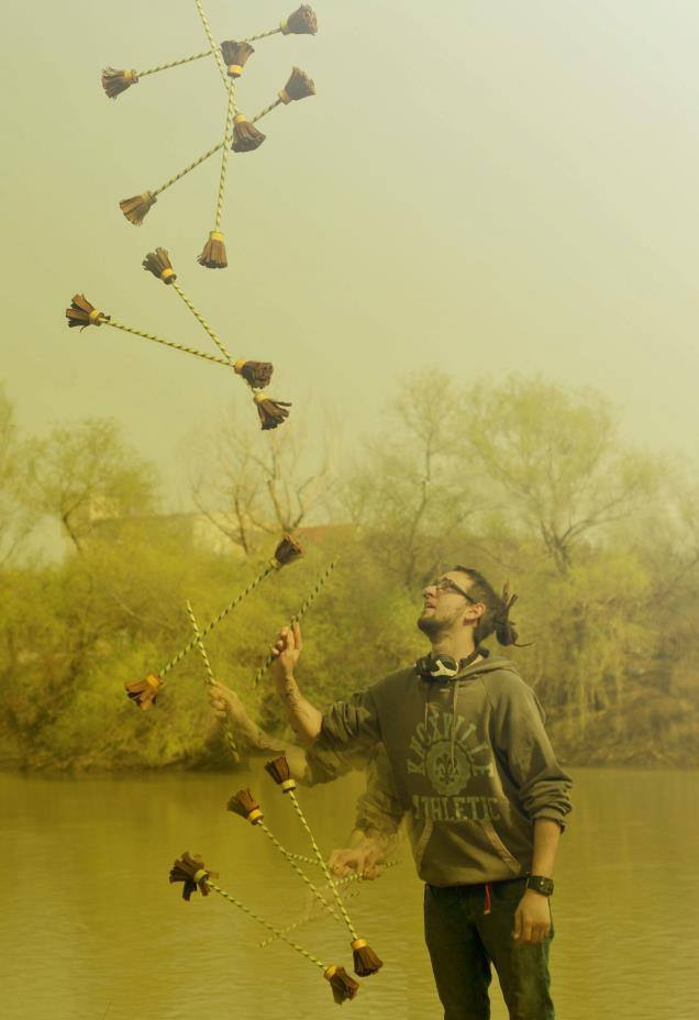 Rusu Gabriel (Gogo), Juggler with Flowerstick Tripy Master.